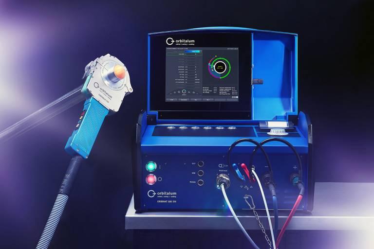 """Bedient wird der Orbimat 180 SW über das große 12,4""""-Farb-Touch-Display oder alternativ mit dem multifunktionalen Drehsteller."""