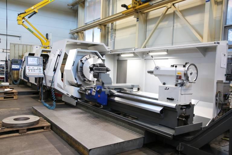 Bei Doppelmayer in Wolfurt sind drei Zyklendrehmaschinen der deutschen Weiler Werkzeugmaschinen GmbH bei der flexiblen Bearbeitung von Drehteilen im Einsatz.