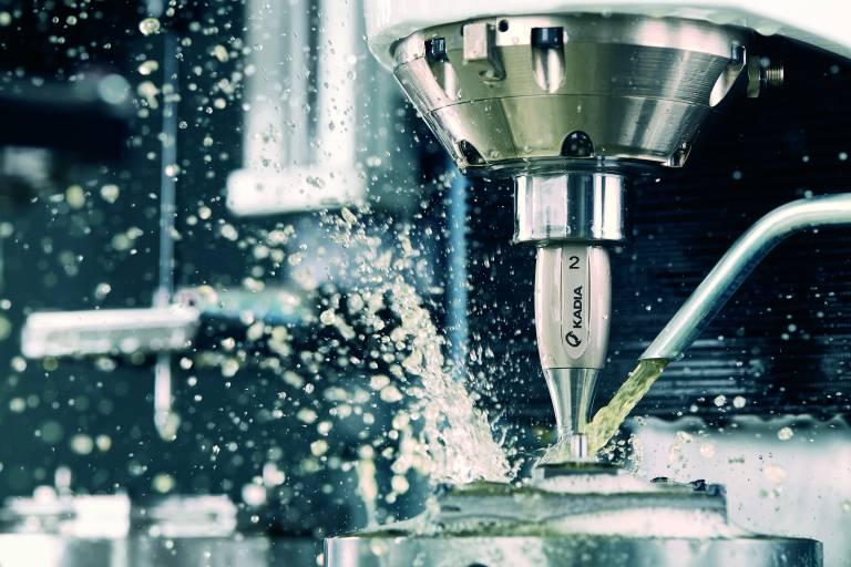 Mit Hilfe von B&R-Technik hat Kadia die Bedienbarkeit seiner Honmaschinen grundlegend verbessert. (Bilder: Kadia)