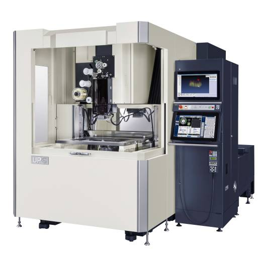 Die neue Drahterodiermaschine UP6 überzeugt mit einem neuen Drahtvorschub- und einem neu entwickelten Einfädelsystem.