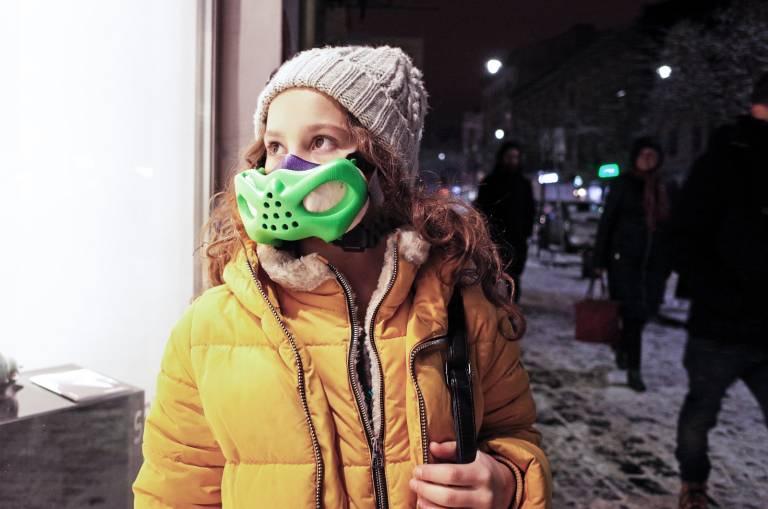 Eine in 3D-Technik erzeugte Atemschutzmaske für Kinder. Eine der Grundanforderungen, welche die Maske zu erfüllen hatte, war ihr geringes Gewicht.