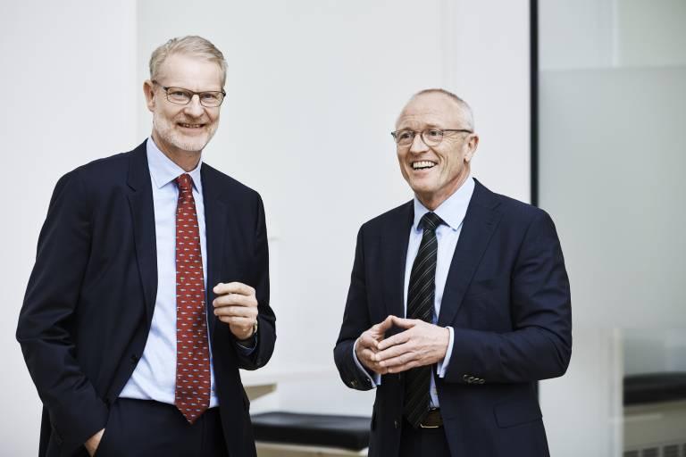 Der Zusammenschluss von HBM und BKSV wird am 1. Januar 2019 in Kraft treten. Im Bild Søren Holst, Präsident von Brüel & Kjær (links), und Andreas Hüllhorst, Präsident von HBM. (Bild: HBM)