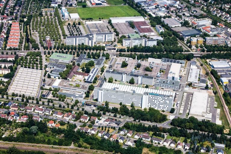 Die neuen Büros von simus systems liegen in der Siemensallee 84 in Karlsruhe.
