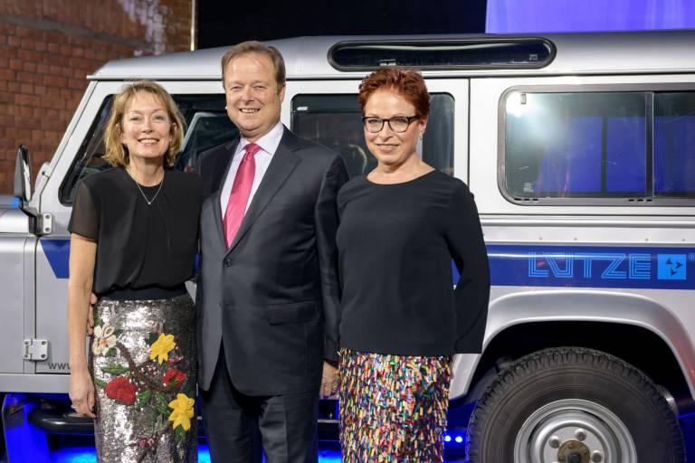 60 Jahre im Familienbesitz: Udo Lütze mit Gattin Susan und Schwester Gitta Lütze (rechts) bei der Jubiläumsveranstaltung am 26. Januar 2018.