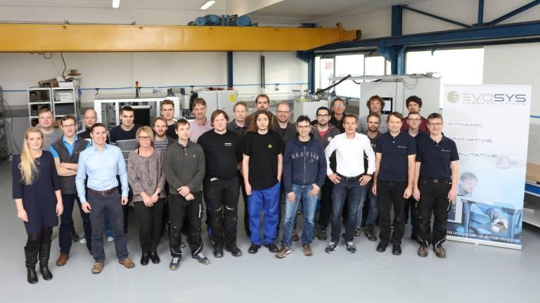 Ausreichend Platz für das Team der Evosys Laser GmbH in der neuen Fertigungshalle in Erlangen-Schallershof.