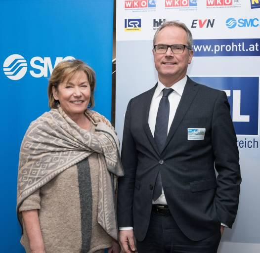 """Bei der zweiten Auflage der Förderinitiative """"proHTL NÖ"""" konnte mit der SMC Pneumatik GmbH ein weiterer starker Partner aus der NÖ Industrie gewonnen werden. Das Preisgeld für ein innovatives Schulprojekt einer HTL erhöht sich damit auf 80.000 Euro."""
