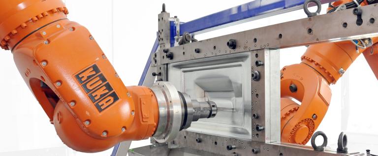 In fortschrittlichen Fertigungshallen gehören kollaborierende Roboter längst zum Alltag. Die VDI-Fachtagung Industrilelle Robotik, am 11. und 12. Dezember 2018, erklärt alles zum Trend der Industrie 4.0. (Bild: Lehrstuhl für Produktionssysteme, LPS Bochum)