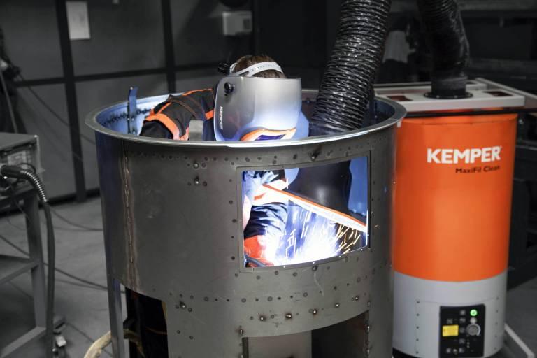 Kemper schließt die Gefahrstoffkette von der Entstehung bis zur Entsorgung und sorgt damit für einen gesteigerten Arbeitsschutz.