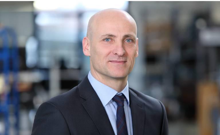 Henry Brickenkamp verlässt das Unternehmen zur Jahresmitte 2018. Hendirk Niestert, Leiter Service weltweit der technotrans AG, wird in den Vorstand berufen.