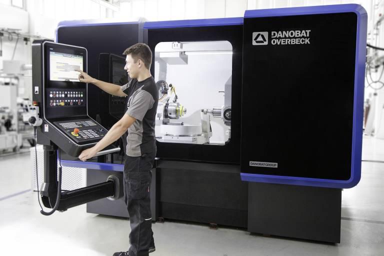 Danobat präsentiert auf der GrindTec 2018 technologisch hochentwickelte Schleif- sowie Hartdrehmaschinen.