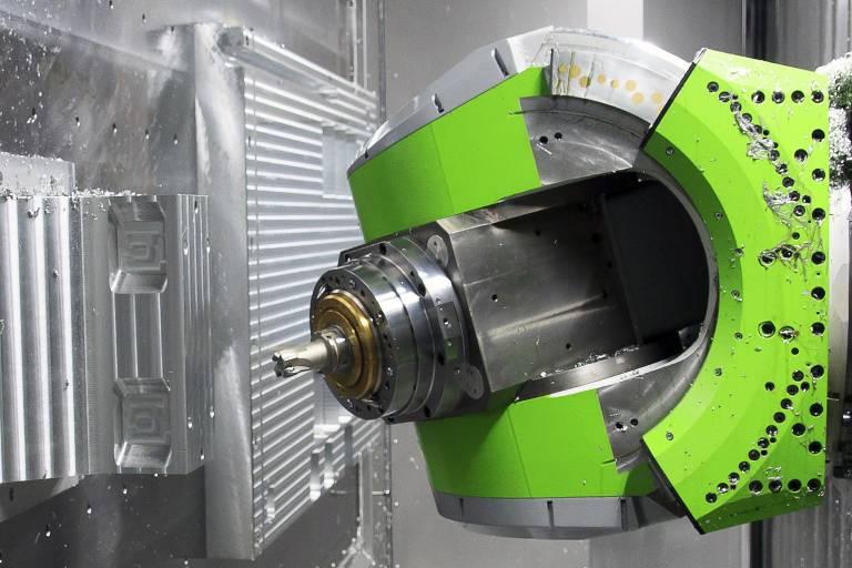 Das Horizontal-Bearbeitungszentrum, der 3-Achs-Fräskopf und der ISO-Eckfräser SPM-Rough erreichen im Zusammenspiel überzeugende Ergebnisse.