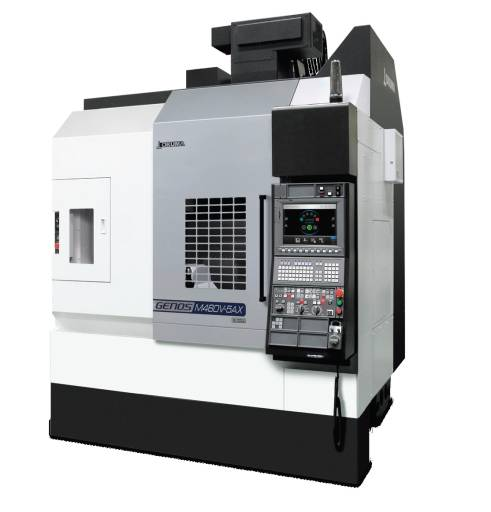 Okumas kostengünstiges vertikales Bearbeitungszentrum GENOS M460V-5AX bietet 5-Achs-Fertigung bei geringem Platzbedarf.
