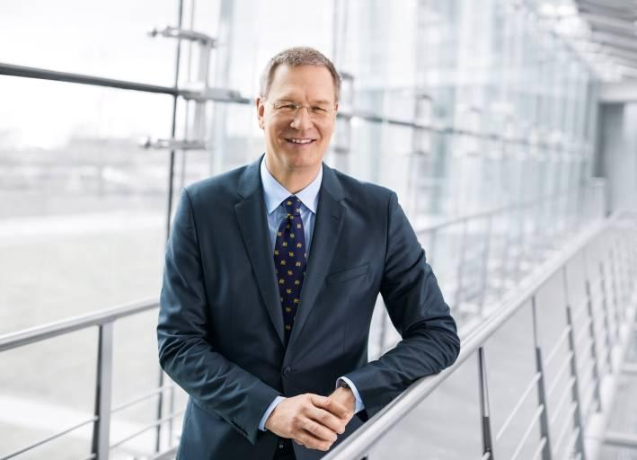 Dipl.-Ing. Dr. h.c. Oliver D. Jung, Vorstandsvorsitzender der Festo AG (Bilder: Festo / Martina Draper)