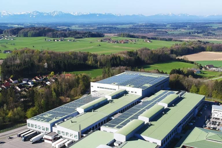 Die Photovoltaikanlage von B&R ist mit 1,5 Megawatt Leistung aktuell die größte Eigenverbrauchsanlage in Österreich.