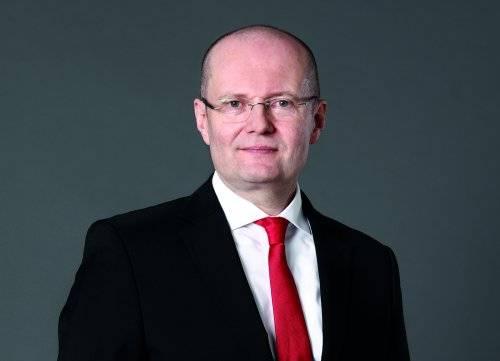 Dr. Ulrich Nass hat zum 1. Oktober 2019 die Position des Chief Executive Officer der NSK Europe Ltd. übernommen. Seit dem Beginn seiner Tätigkeit als Chief Operating Officer im Februar 2019 treibt Dr. Nass die Transformation von NSK Europe für die Anforderungen der Zukunft voran.