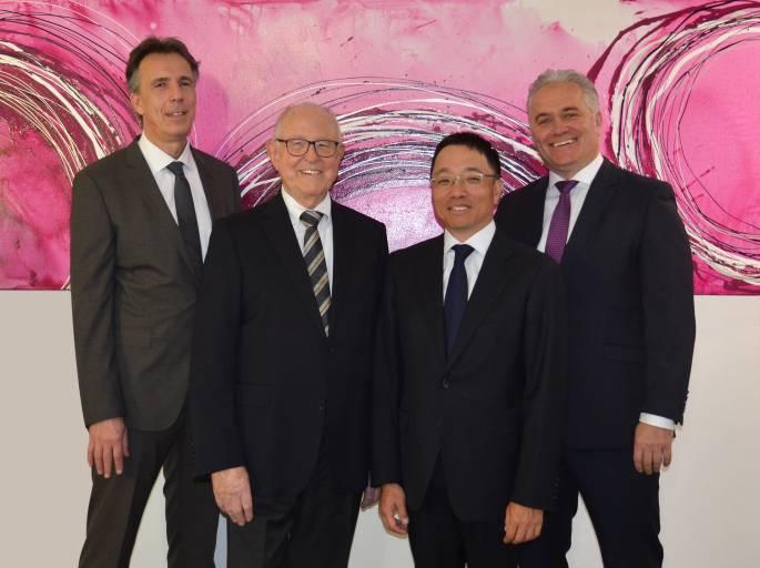 V.l.n.r.: Thomas Berger (CFO), Gottfried Bertram (Aufsichtsrat), Norimitsu Ito (CEO) sowie Peter Hantl (CSO/CMO).
