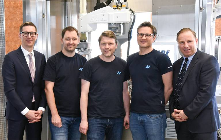 v.l.: Peter Pühringer / Stäubli Robotics, Martin Reingruber / Nordfels, Edmund Jenner-Braunschmied / Nordfels, Dr. Johannes Kaar / Nordfels, Alexander Müller / Stäubli Robotics Austria.
