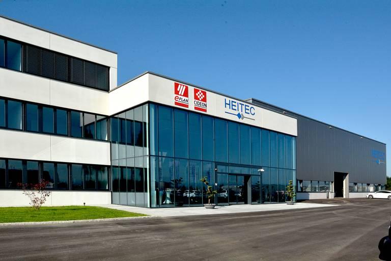 Blick auf das neue Technologiezentrum von Heitec am Standort Ardagger-Stift/Österreich, in dem Eplan und Cideon jetzt ansässig sind.