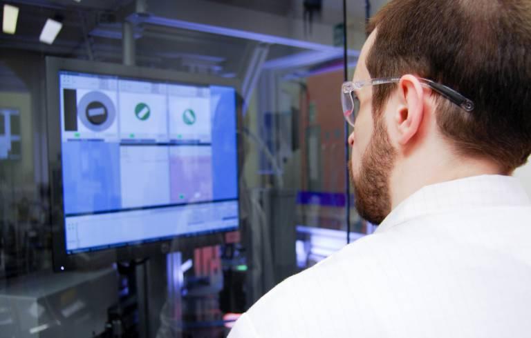 Mithilfe des neuen AOI-Systems wird die Qualitätsprüfung der fotochemisch geätzten Teile noch weiter optimiert.