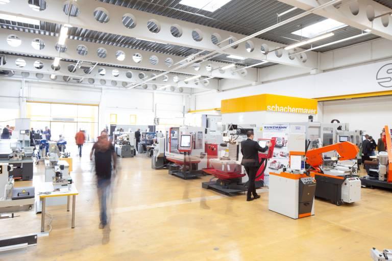 Im Oktober werden bei Schachermayer Linz die Pforten für die Hausmesse für Holz-und Metallbearbeitungsmaschinen wieder geöffnet.