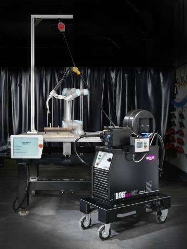 ROBiPAK von Abicor Binzel: Schweißequipment für Cobots