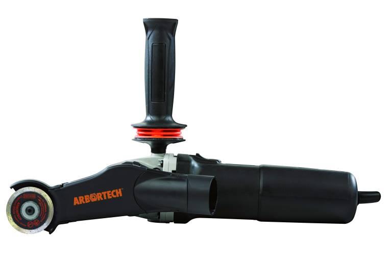 Das schlanke Werkzeug Mini Grinder Trade erlaubt präzise Schleif- und Schneidarbeiten. (Bilder: Arbortech Europa GmbH)