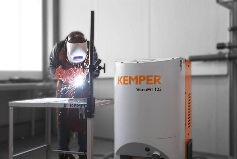 Die VacuFil-Serie ist mit allen gängigen Absaugbrennern kompatibel und eignet sich für dauerhafte industrielle Anwendungen mit großen Schweißrauchmengen.