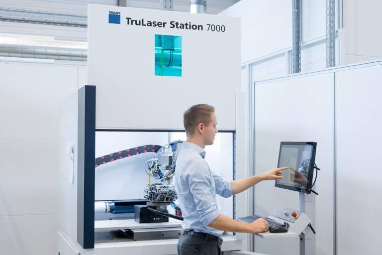 Der Bauraum der TruLaser Station 7000 ist um 150 Prozent größer. Außerdem haben die Entwickler die Laserleistung erhöht. (Bllder: Trumpf)