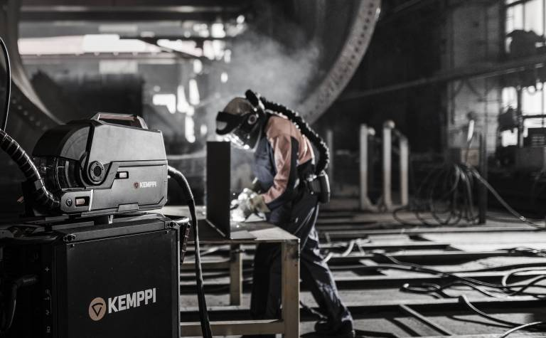 Kemppi übernimmt die italienische Trafimet Group, um seine Position im Schweißzubehörmarkt zu stärken.