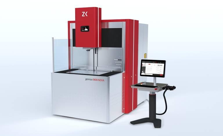 Im Benchmark mit drei OEMS und sieben namhaften Werkzeugbaubetrieben geht die genius 900 NOVA von Zimmer&Kreim als Sieger hervor.