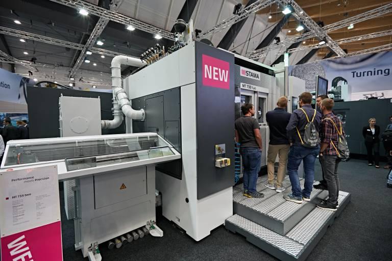 Die MT 733-Maschinen von Stama überzeugen durch hohe Dynamik sowie simultane 5-Achs-Bearbeitung.