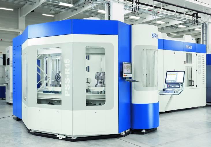 Mit der G350 – Generation 2 bietet Grob effiziente Möglichkeiten bei der Fräsbearbeitung von Werkstücken verschiedenster Materialien. Das Palettenrundspeichersystem PSS-R erweitert das G-Modul zu einer flexiblen Fertigungszelle.