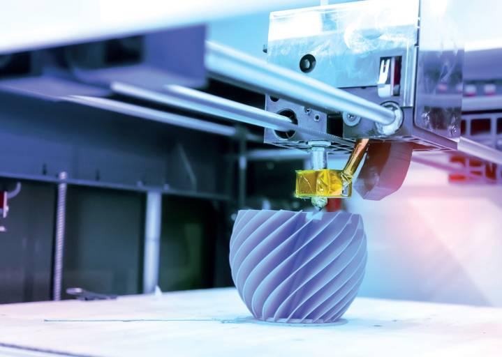 Der 3D-Druck Lehrgang Additive Fertigung des WIFI Salzburg vermittelt Grundlagen und Detailwissen zur gesamten additiven Prozesskette.