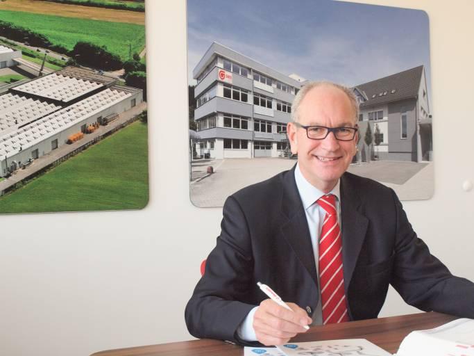 Wolfgang Pesta, der Geschäftsführer der österreichischen Elesa+Ganter-Tochter, betreut mit seinem mittlerweile 25 Mitarbeiter starken Team auch einen Großteil Südosteuropas mit.