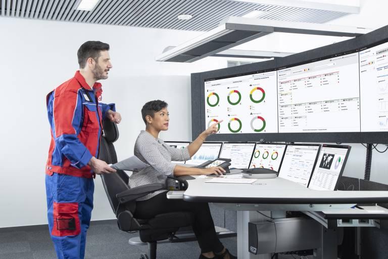Mit dem ABB Ability ™ Condition Monitoring für den Antriebsstrang können Anlagenbetreiber die Leistung, Zuverlässigkeit und Effizienz der Komponenten des Antriebsstrangs verbessern.