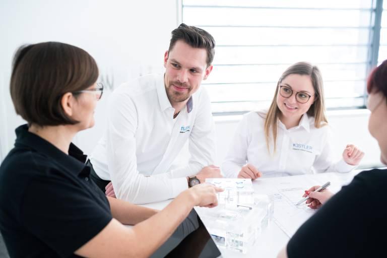 Die Schulungen richten sich an Teilnehmer unterschiedlichster Branchen, die von Kistlers gebündeltem Messtechnik-Know-how profitieren möchten.