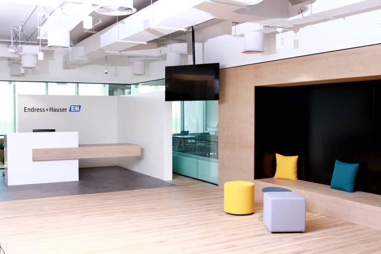 Mit Endress+Hauser Middle East bündelt die Firmengruppe Vertriebs- und Serviceaktivitäten im Nahen Osten und stärkt so die Präsenz in der Region.