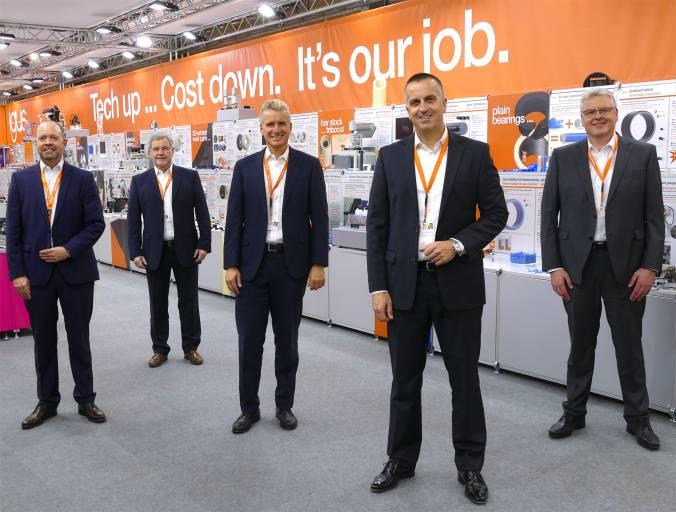 igus erweitert die Geschäftsführung. V.l.n.r.: Michael Blass, Gerhard Baus, Frank Blase, Tobias Vogel und Artur Peplinski.  Quelle: igus GmbH
