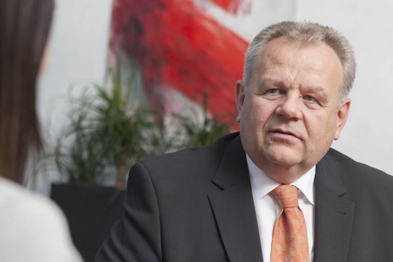 B&R-Geschäftsführer Hans Wimmer verlässt nach 34 Jahren B&R mit Ende 2020.