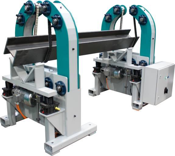 Schnelles und sicheres Wenden von Profilen, Rohren und Trägern: Die universelle Wendevorrichtung UP-300 kann für Schweiß-, Schleif- und Montagearbeiten eingesetzt werden.