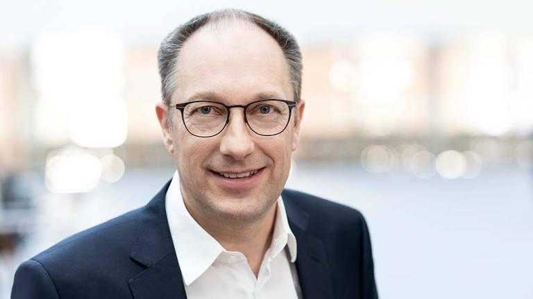 Peter Mohnen, CEO der Kuka AG, freut sich, dass die Partnerschaft mit BMW erfolgreich fortgesetzt wird.