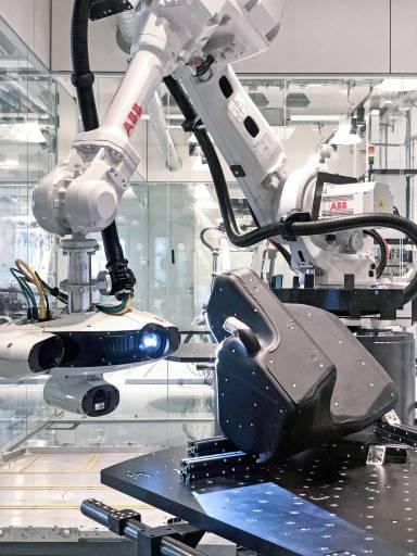 Die skalierbare Inspektionszelle zur Qualitätskontrollebeschleunigt die Produktion und verbessert die Qualität.