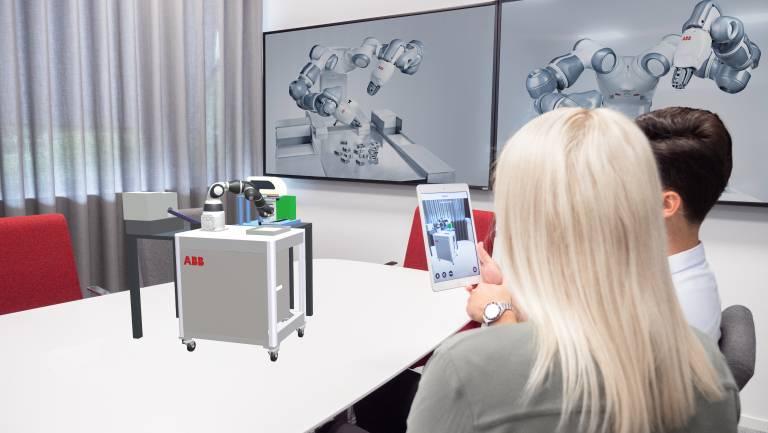Die zugrundeliegende AR-Technologie bietet die Möglichkeit, das in RobotStudio simulierte Modell in die reale Produktionsumgebung einzubetten, entsprechend zu skalieren und aus verschiedenen Blickwinkeln zu betrachten.