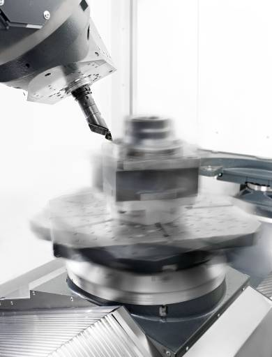 Combined Processing: Die 5-Achs-Fräs-Dreh-Bearbeitungszentren der Baureihe C von Heller sind eine leistungsstarke Kombination aus Fräsen und Drehen mit einer hohen Flexibilität.