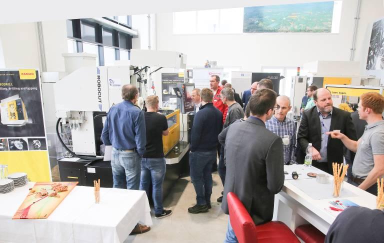 Im Vorführzentrum bei Fanuc in Vorchdorf konnten viele Praxiseinblicke gewonnen werden.