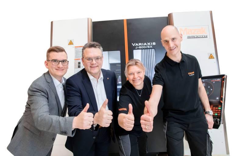 Mittlerweile besteht das österreichische Mazak-Team bereits aus neun Mitarbeitern für Service- und Vertrieb.