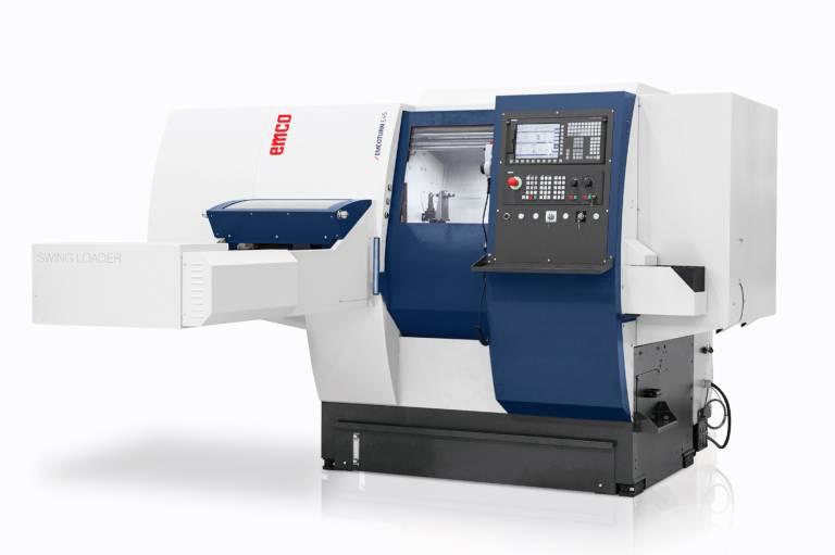 Für die automatische Be- und Entladung der MAXXTURN 45 steht ein integrierter und kompakter Schwenklader zur Verfügung.
