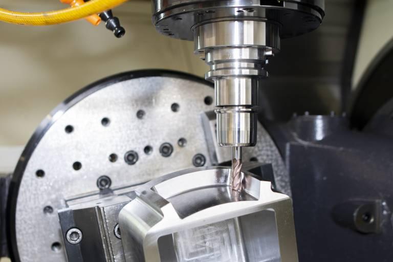 Speziell für die Bearbeitung von Stahl bzw. hochchromhaltigen Stählen bis 54 HRC hat Wedco den FLWX VHM-Fräser entwickelt.