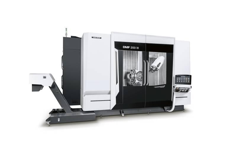 Hochgenaue 5-Achs-Bearbeitung von langen Werkstücken: Die DMF 200 8 bietet einen 2.300 x 850 mm großen Starrtisch und Verfahrwege von 2.000 x 800 x 850 mm.
