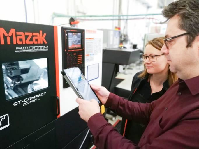Sensortechnik für mehr Einfachheit bei der Überwachung von Maschinenparks: Das Ziel der smartblick-Technologie ist es, Zerspanern möglichst schnell und einfach einen Überblick über alle laufenden Maschinen zu liefern.